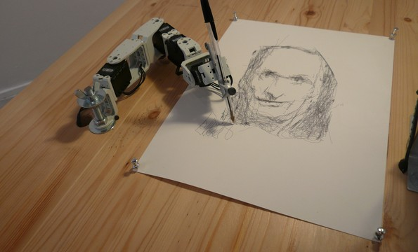 paul the drawing robot
