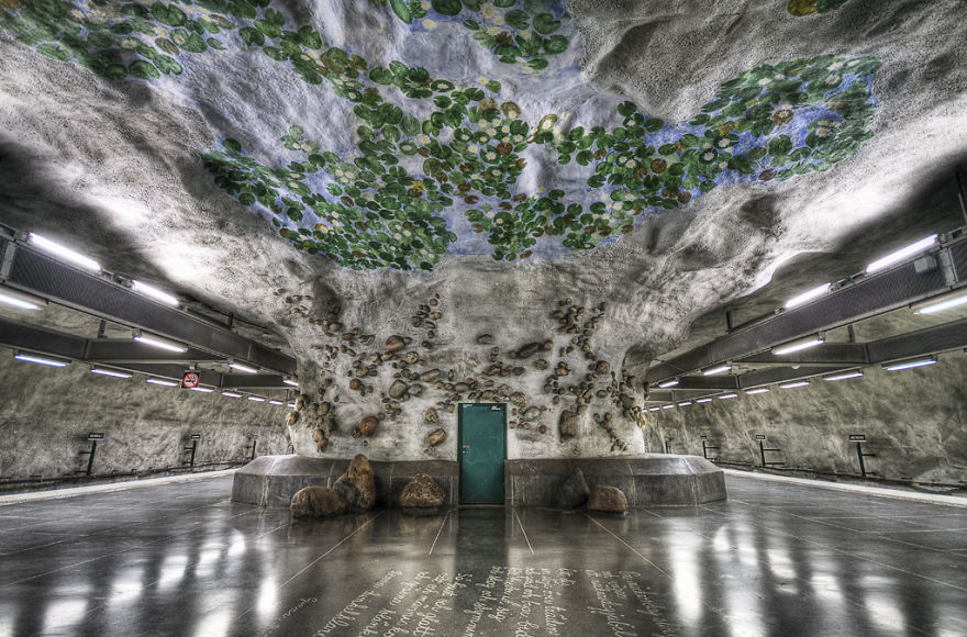 Staggeringly Beautiful Metro Stations Around The World REALITYPOD - The 12 most beautiful metro stations in the world