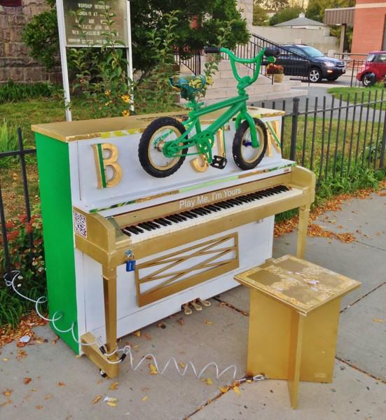 street piano 3