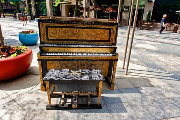 street piano 4