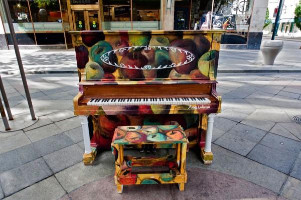 street piano 6