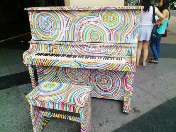 street piano 7