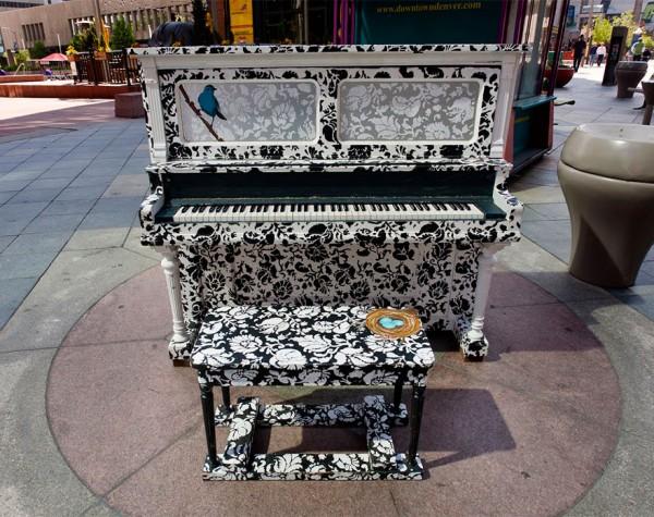 street piano 8
