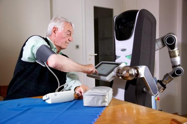 Roboter / Medizinische Hilfe