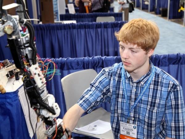robotic hand lachappelle 2