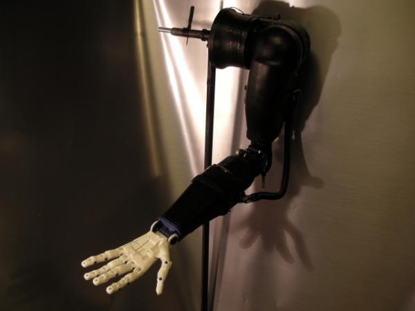 robotic hand lachappelle 3