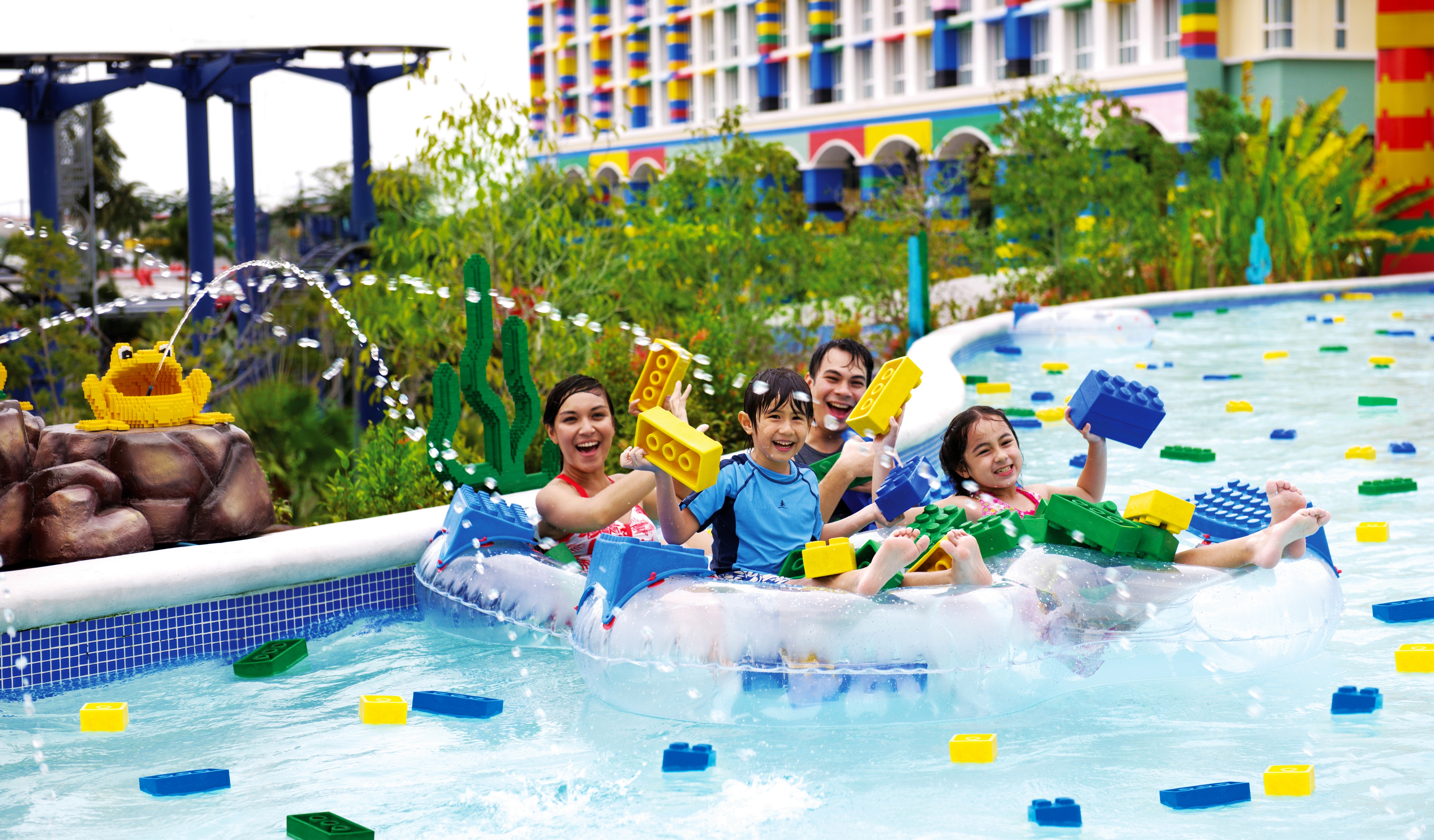 Take A Look At The World's Largest Legoland Water Park ...