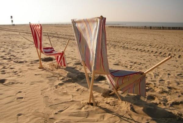 sand chair 2
