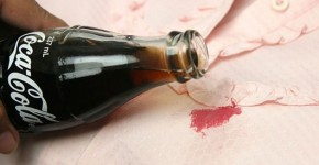 removing stains with coke