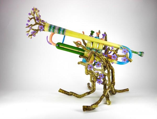glass trumpet 8