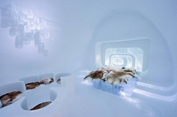 ICEHOTEL 2