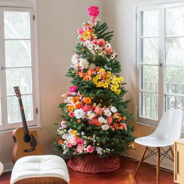floral christmas tree 2