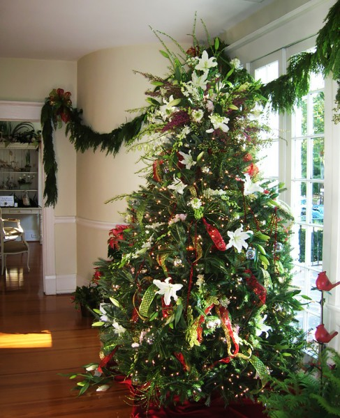 floral christmas tree 6