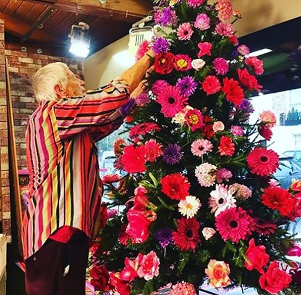 floral christmas tree 7