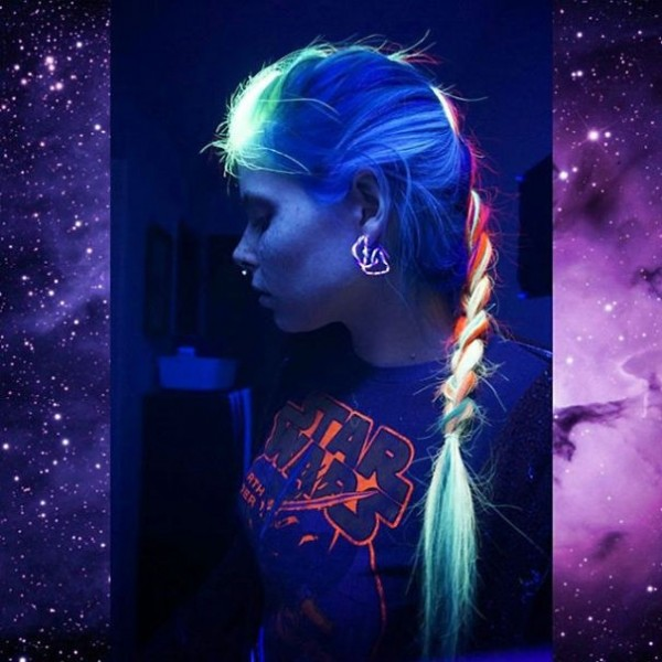 glow-in-dark-hair 5