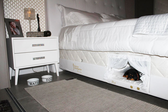 Have your pet share your bed by giving them their own bunk for Beds 185cm long