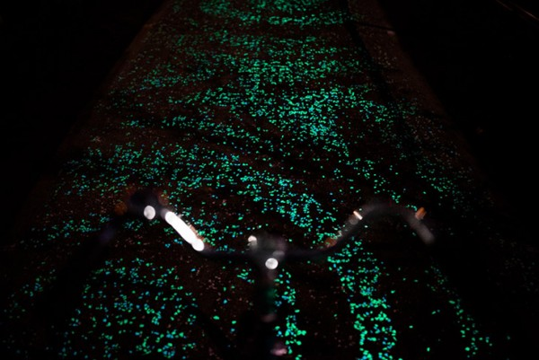 roosegaarde twinkling bike path 4
