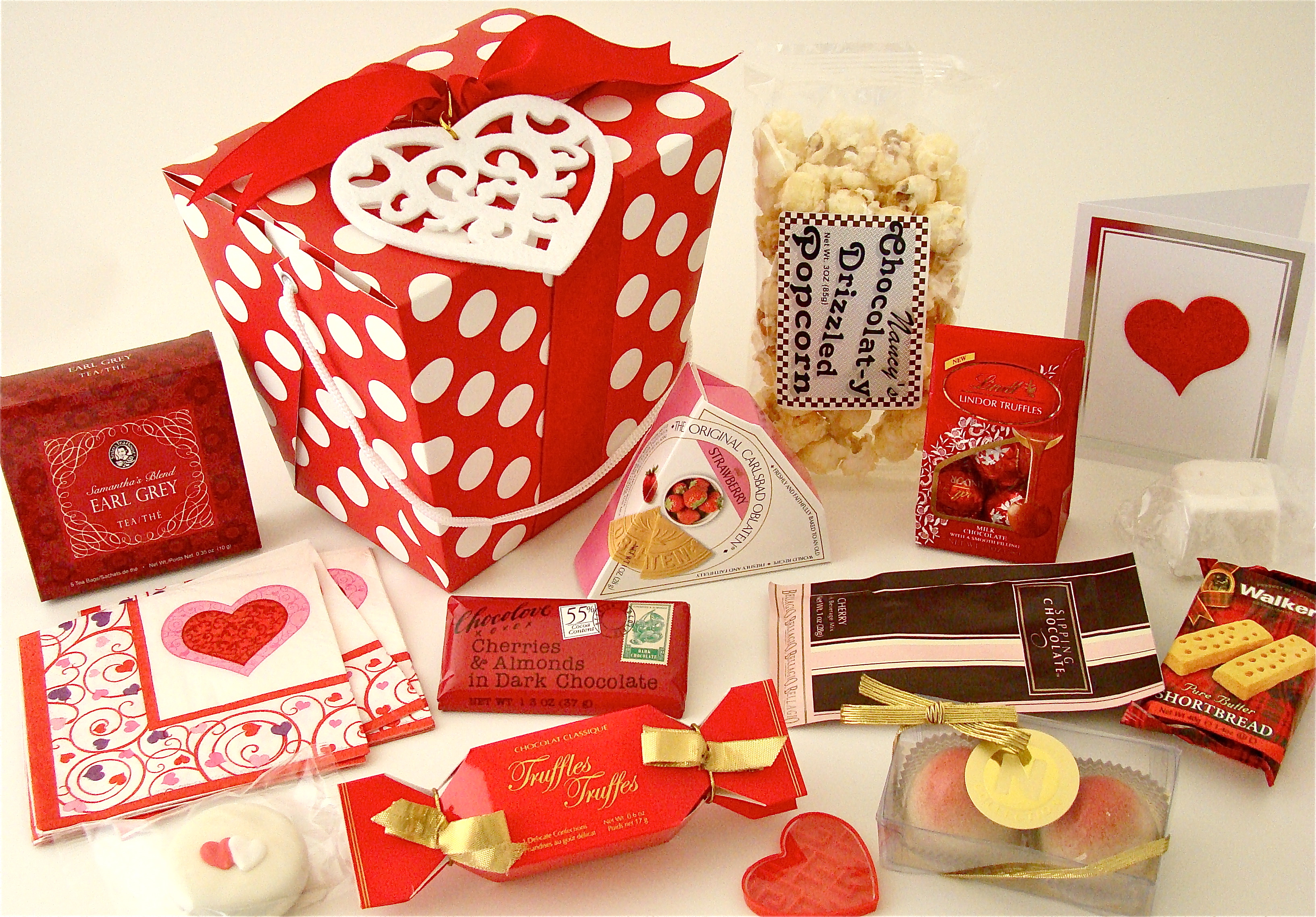 8 delightful gifts you can give your sweetheart on valentines day other than flowers realitypod