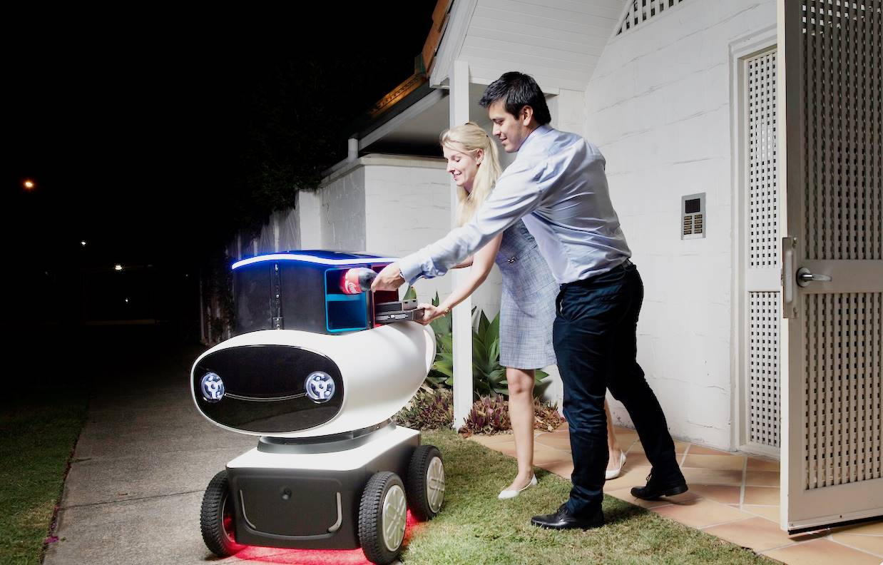 domino 39 s looking to use autonomous robots as their pizza delivery guys realitypod. Black Bedroom Furniture Sets. Home Design Ideas