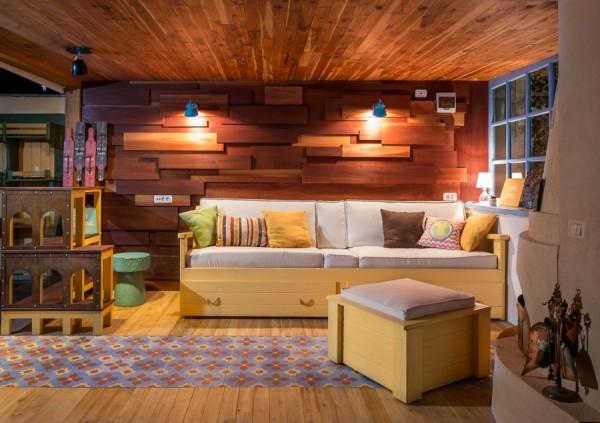 garage lounge 1
