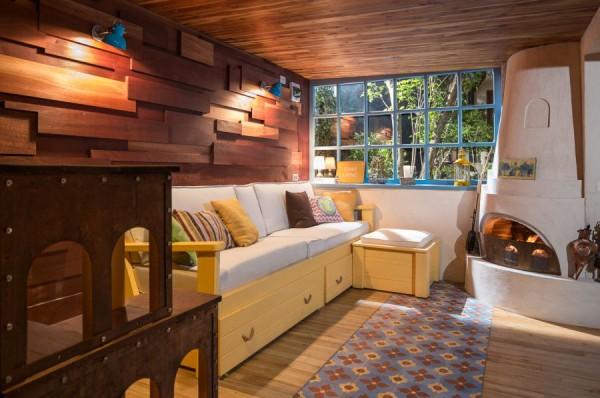 garage lounge 2