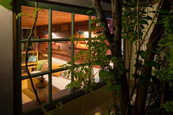 garage lounge 4