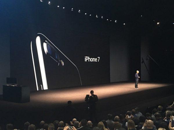 apple-unveil-3