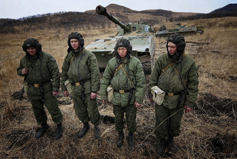 04b0e21f8bc8b3202f0593add0ee8c74 In Pictures The Russian Howitzer Practice Shoot