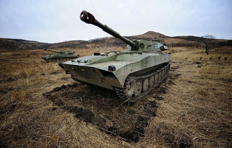 2b0a6e5e53a4d4f585fbfbd623b13213 In Pictures The Russian Howitzer Practice Shoot