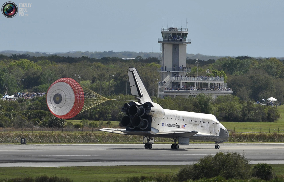 305a376934b97420b8a3578fe539eebc Space Shuttle Discoverys Last Flight in Pictures