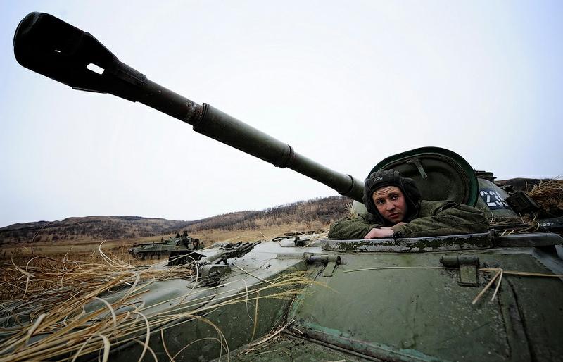 440ba07d4ad598e4de3d8f2162b5f883 In Pictures The Russian Howitzer Practice Shoot