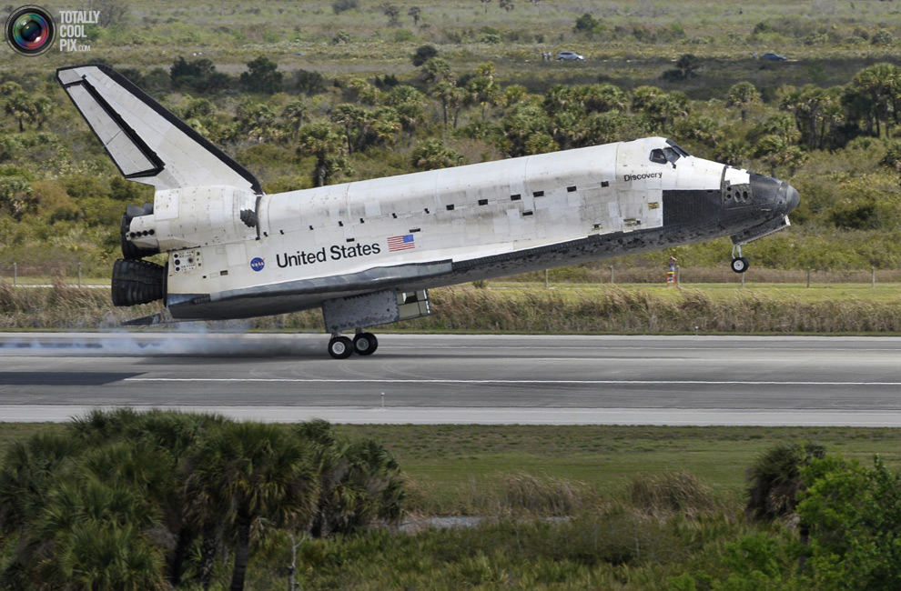 4d61f3f17ae9a654e33096adcadc3bbc Space Shuttle Discoverys Last Flight in Pictures