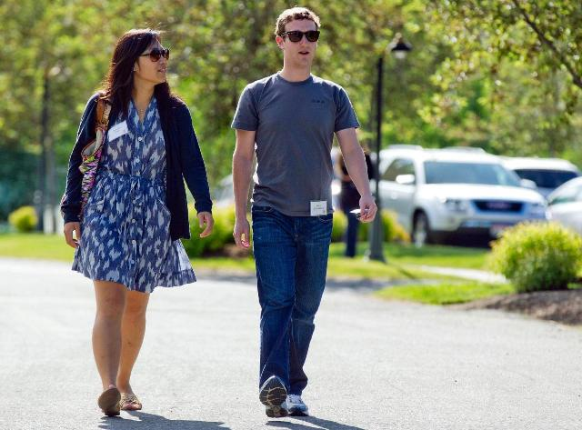 54df6d5829f264db80139989bfe85bdd Mark Zuckerberg Priscilla Chan Life in Pictures
