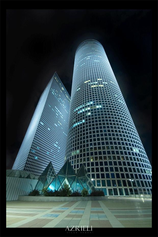 Azrieli_Center_by_gilad