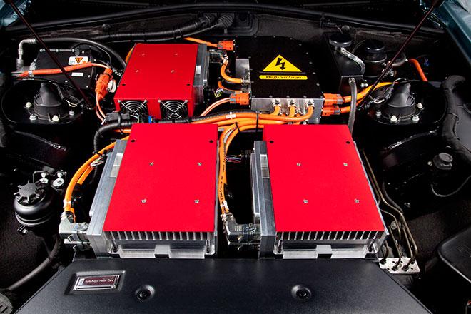 Rolls-Royce 102EX Phantom Experimental Electric chargers