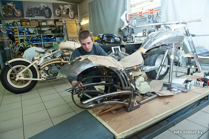 a82ce68de5b933fff14f709db7a9c744 When Russians Customize Motorbikes [in Pictures]