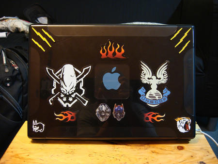 Appl in Laptop Sleeves, Skins and Stickers