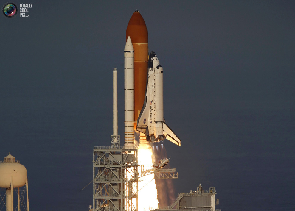 ce0ea4cef9ca1abdc03b83ee8933e4b3 Space Shuttle Discoverys Last Flight in Pictures